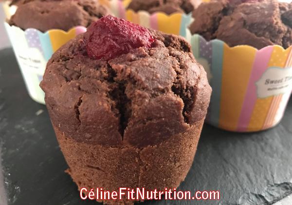 Muffins chocolat amande framboises vegan, sans matière grasse et sans sucre ajouté